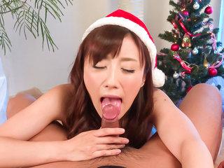 Perfect Christams present for cock sucking Mika Hatori